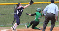 2015 softball Shae Harris slide