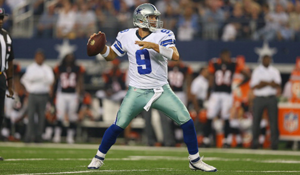 ARLINGTON, TX - AUGUST 24:  Tony Romo #9 of the Dallas Cowboys during a preseason game at AT&T Stadium on August 24, 2013 in Arlington, Texas.  (Photo by Ronald Martinez/Getty Images)