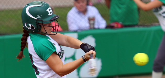 Cubette softball feature Annie Cangelosi