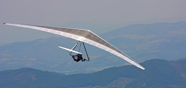 HANG GLIDING FEATURE