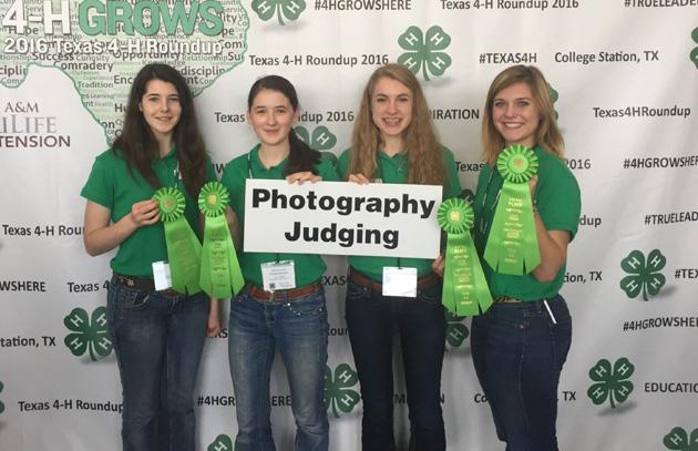 Photo Judging Team L to R – Taylor Klatte, Emma Gardner, Caroline Schulze and Alexis Chaudron. (Charles Seely)