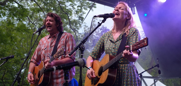 for 7/10 music blast: Bruce Robison and Kelly Willis will perform at the Broken Spoke on Saturday.   Mark Matson for American-Statesman ( 4/18/15) Bruce Robison and Kelly Willis performing at the Old Settlers Music Festival, Saturday April 18, 2015.