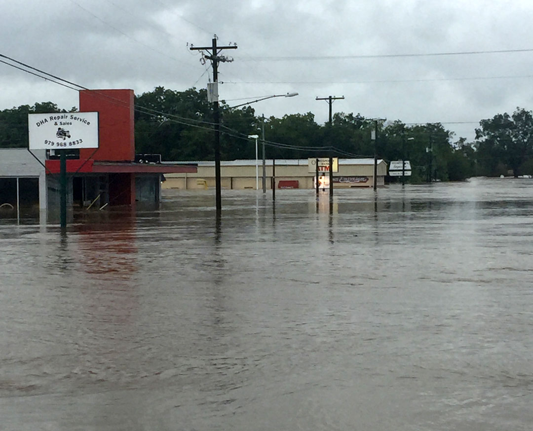 PHOTOS OF FLOODING IN LA GRANGE | KWHI.com
