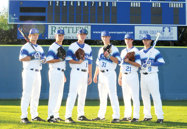 Photo of Galveston roughs up Buccaneers in double-header, 6-2 and 10-0