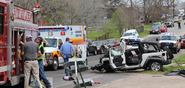 Photo of PEARLAND WOMAN AIRLIFTED AFTER ACCIDENT
