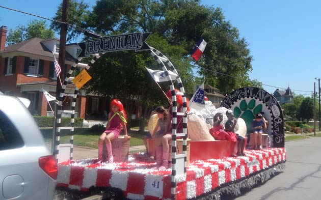 The Maifest Parade had plenty of colorful floats.