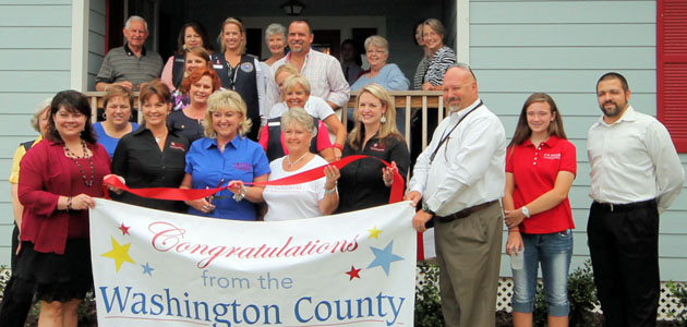 Photo of 5 STAR COUNTRY PROPERTIES RIBBON CUTTING