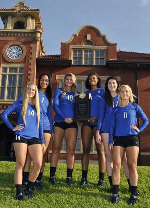 From left: Sophomores Alyssa LaMont, Trinity Alualu, Rachel Sharp, Jaeda Allen, Rachel Reeve and Rebecca Proske return from last season's national championship squad.