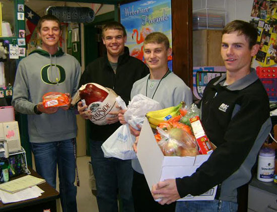 Photo of BHS CLUBS HELPED FIGHT HUNGER DURING THANKSGIVING HOLIDAY