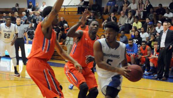 Photo of BUCCANEERS FALL SHORT IN LOSS TO ANGELINA, 89-85
