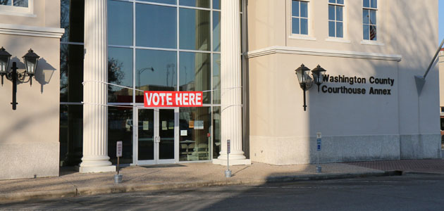 Photo of EARLY VOTING CONTINUES; 203 TAKE ADVANTAGE ON THURSDAY