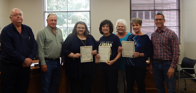 Photo of COMMISSIONERS HONOR BRENHAM CHILDREN'S CHORUS