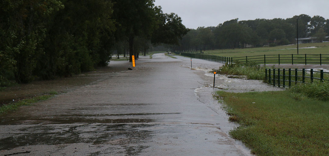 Water Board Sports >> PHOTOS OF ROAD FLOODING AROUND BRENHAM - KWHI.comKWHI.com