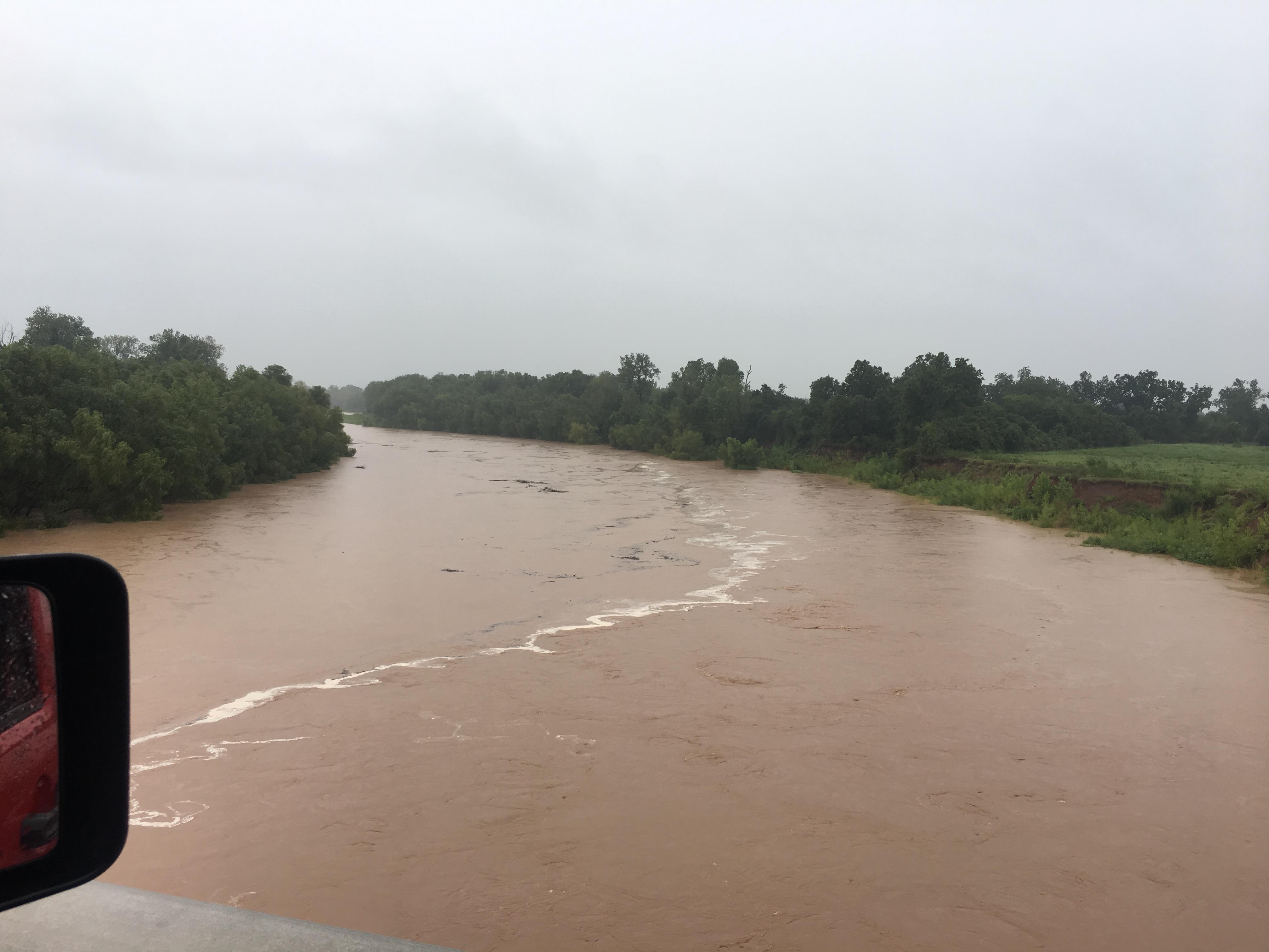 Photos Of Road Flooding Around Brenham Kwhi Com
