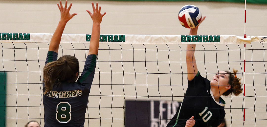Photo of CUBETTE VOLLEYBALL FALLS TO HUNSTVILLE