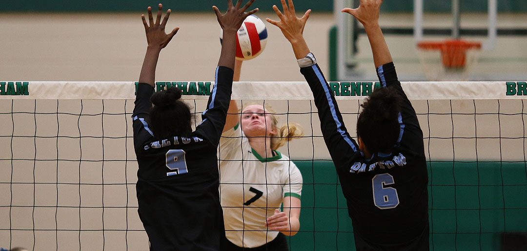 Photo of CUBETTES VOLLEYBALL FALLS ON FRIDAY NIGHT