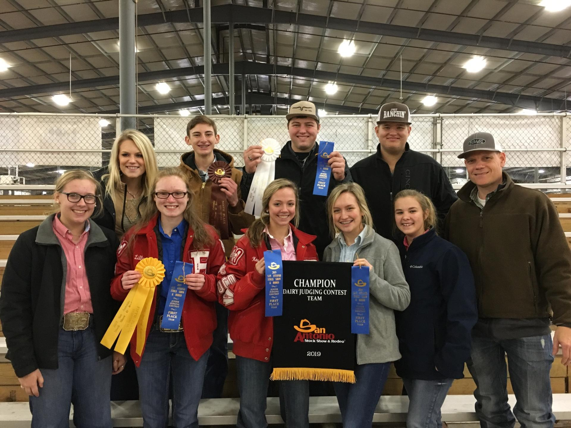 Photo of AREA YOUTH COMPETE AT SAN ANTONIO DAIRY JUDGING