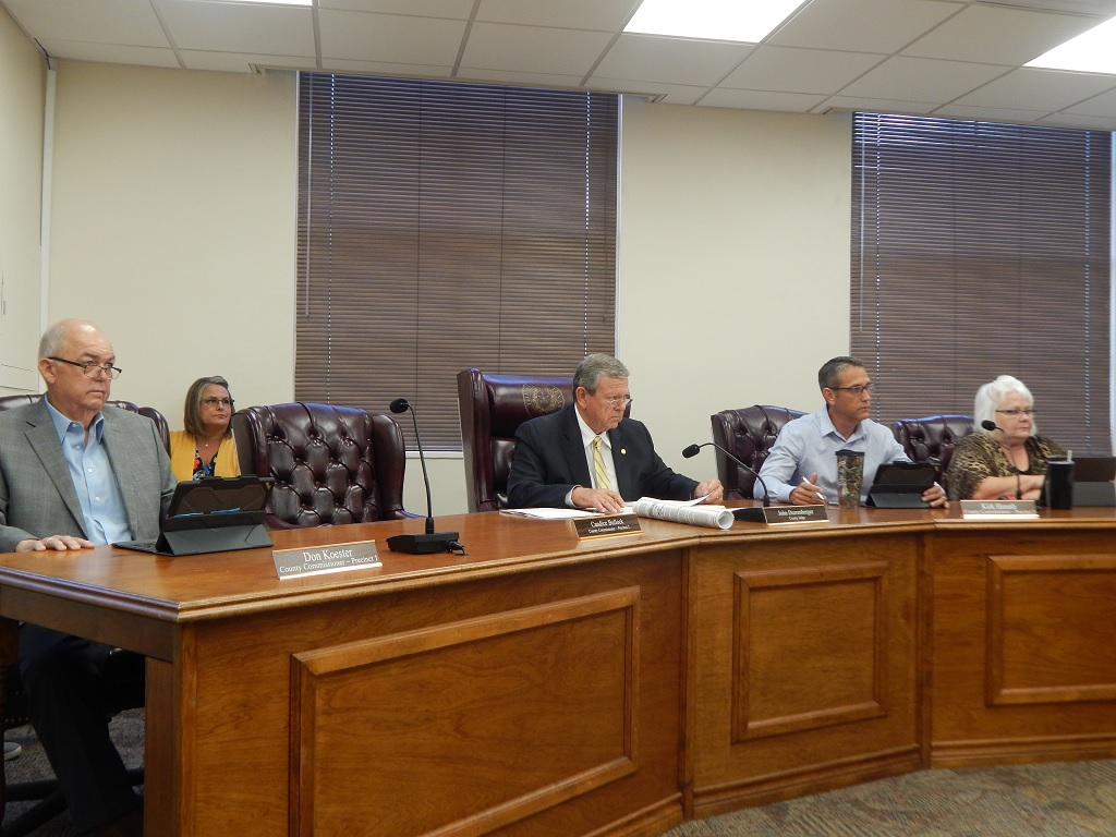 WASHINGTON CO  COMMISSIONERS TO ACT ON FORMAL AGREEMENT WITH