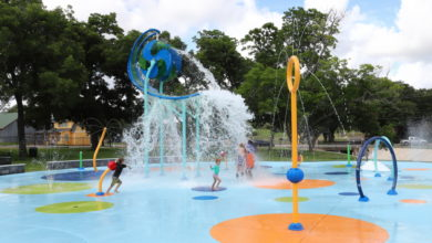 Photo of NEW SPLASH PAD OPENS AT HENDERSON PARK