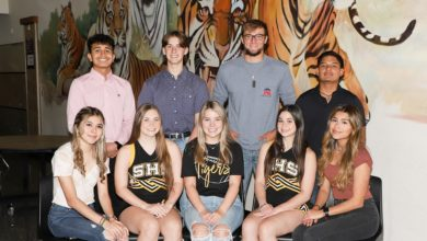 Photo of SEALY HIGH SCHOOL TO CROWN HOMECOMING KING, QUEEN FRIDAY
